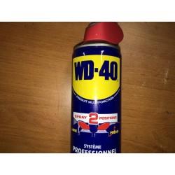 Bombe de WD 40